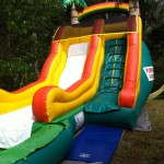 island-splash-water-slide-jumping-castle-front